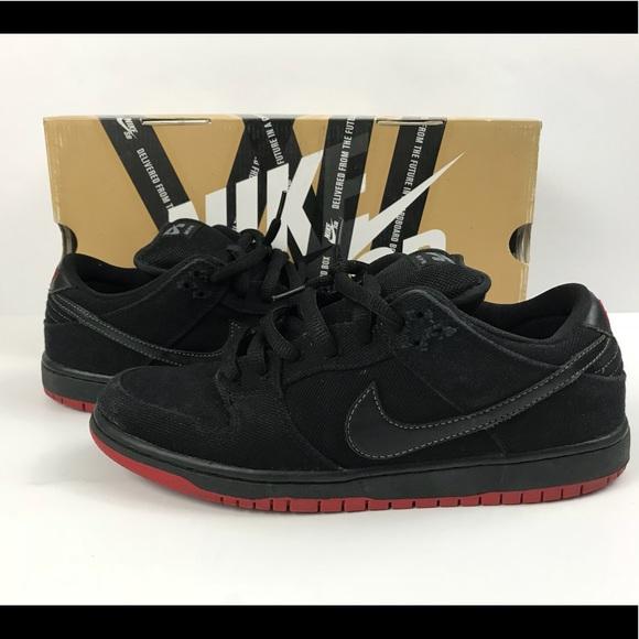 buy online b48ff 48e09 Nike SB Dunk Low x Levi